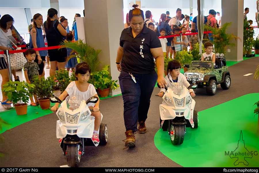 Army Open House 2017 at F1 Pit - Kids Zone