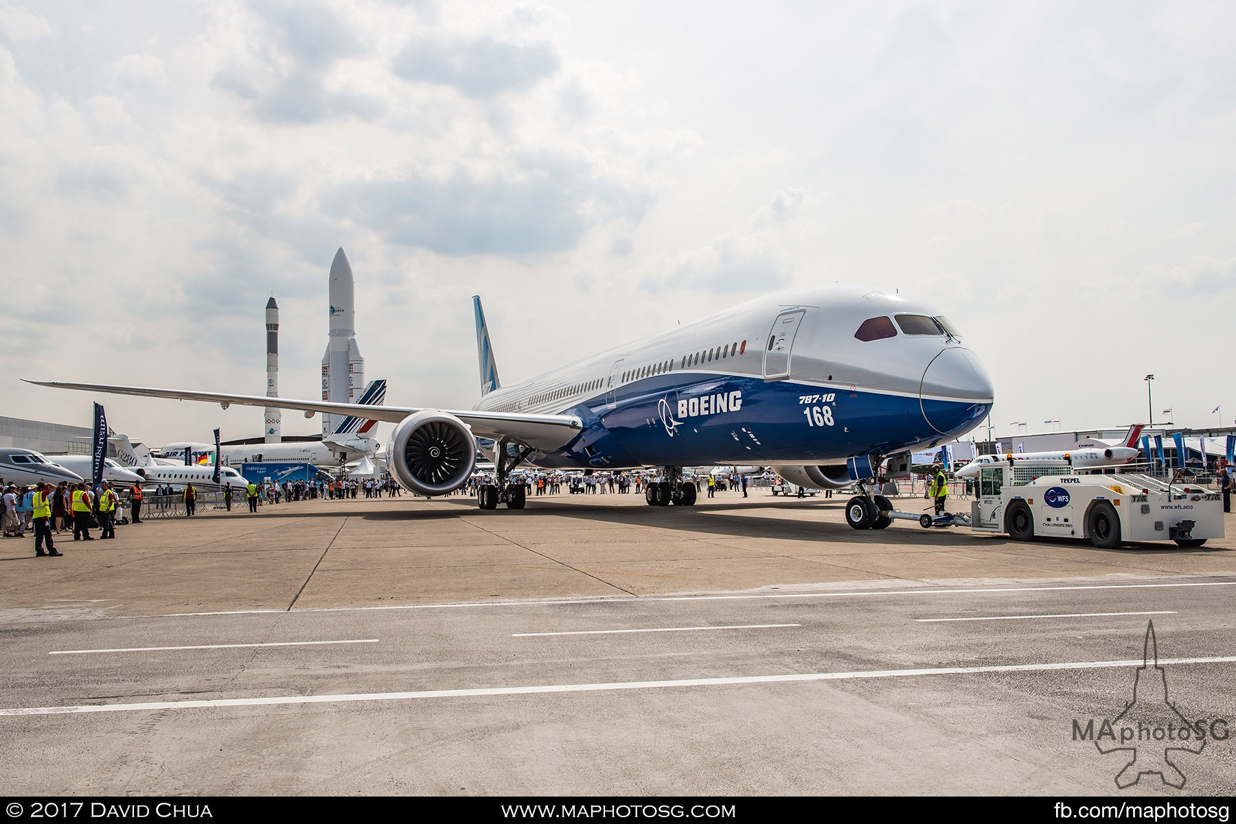 38. Boeing 787-10 Dreamliner being moved from it's Static Display.