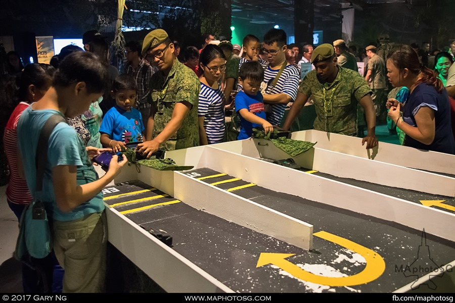 Army Open House 2017 at F1 Pit - Army Formations