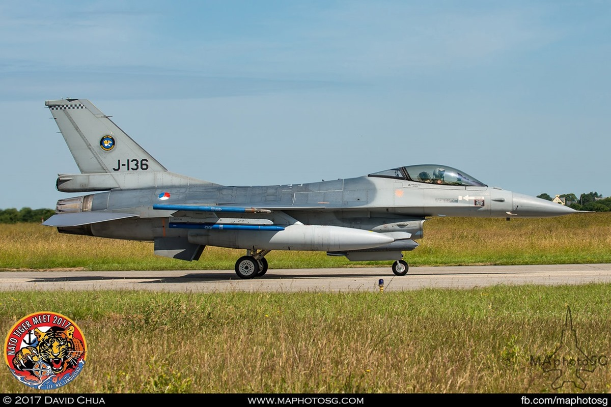 Royal Netherlands Air Force 313 Squadron F-16A MLU Fighting Falcon (J-136)