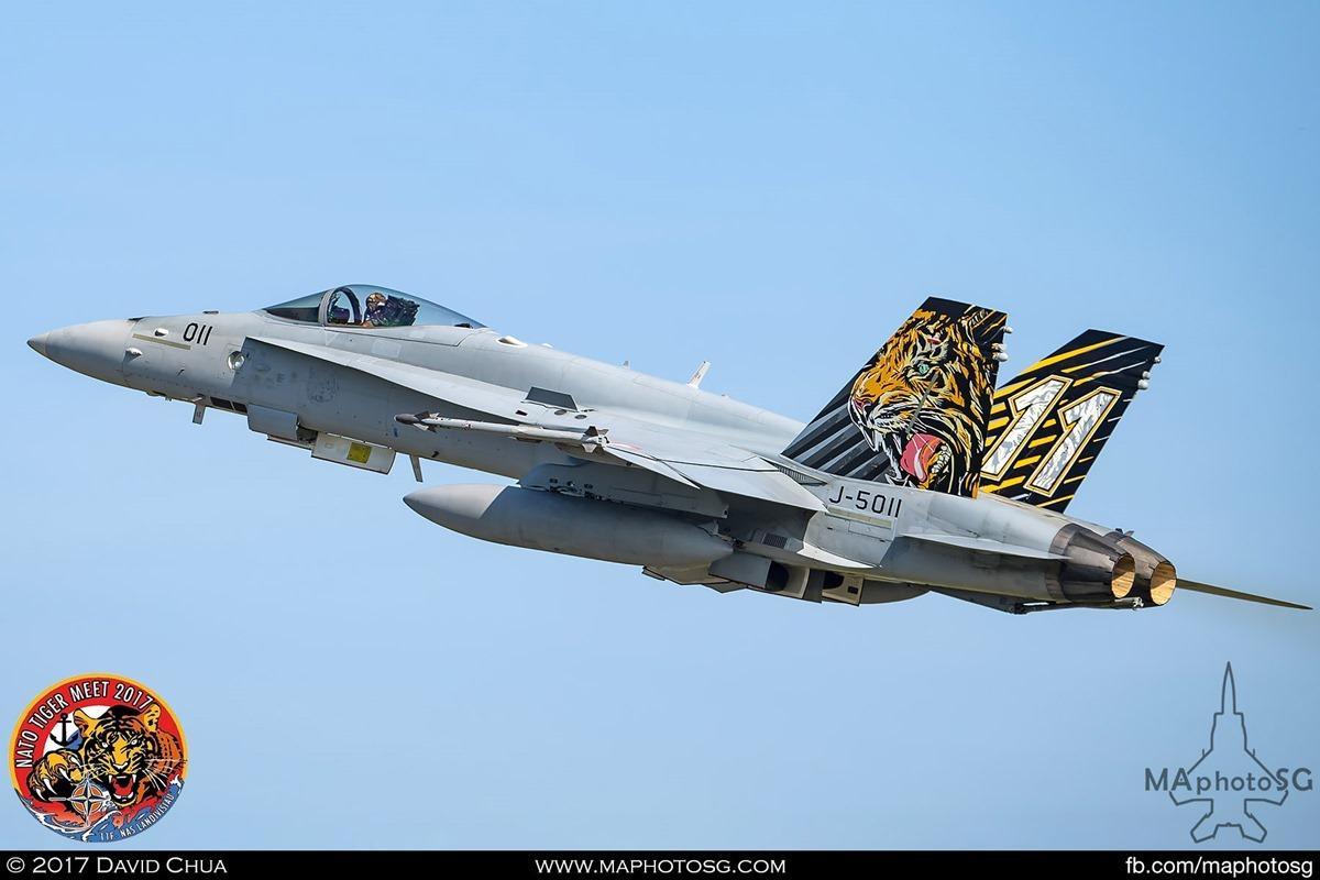 Swiss Air Force Fliegerstaffel 11 F/A-18C Hornet (J-5011) in Tiger Livery