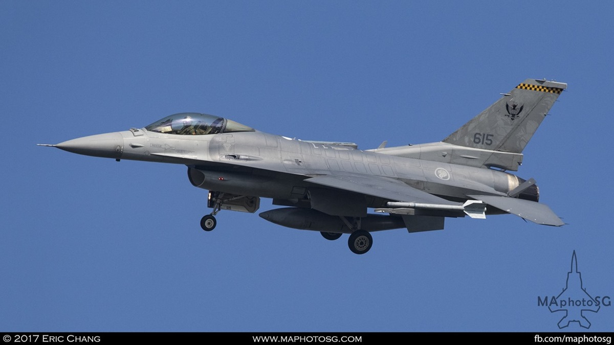 An F16C on final approach to tengah airbase