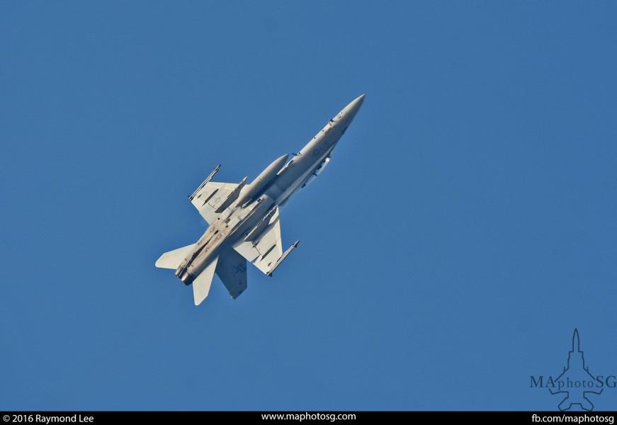 F-18D VMFA 242 Commando Sling 16-2