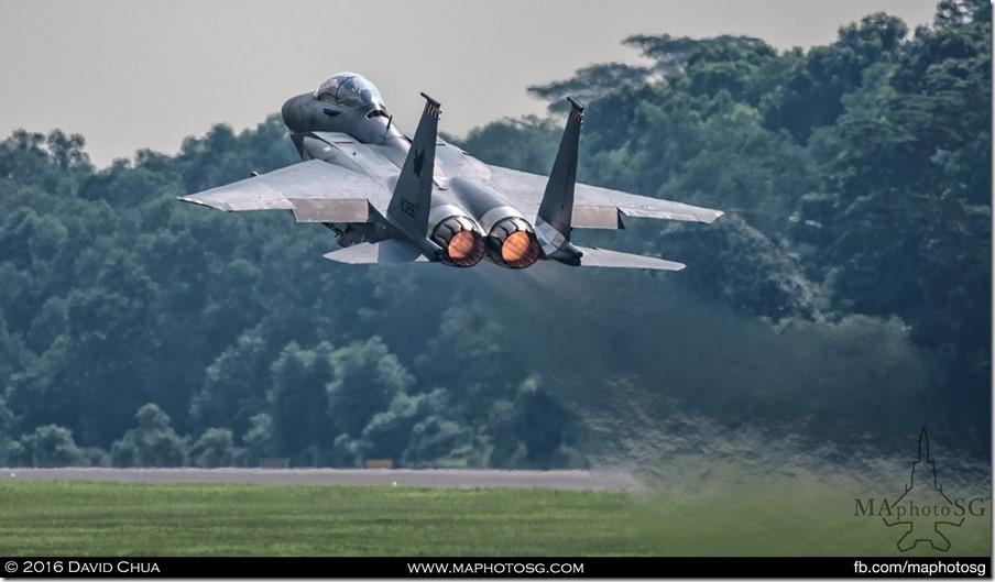 F-15SG Afterburner takoff