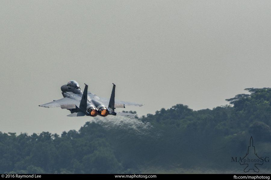 F15SG took off in full afterburner