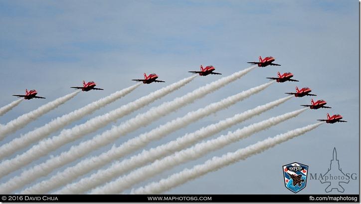 17 - Red Arrows (9 x Bae Hawk T1)