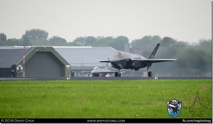 F-35A Taxiing for take off