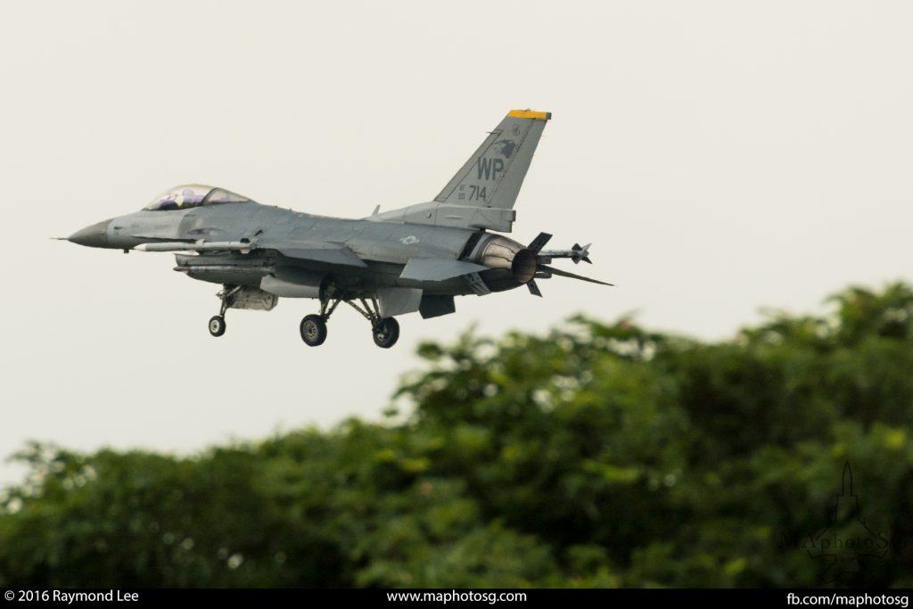 Commando Sling 16-3, USaF, F16C, 80FS, Wolf Pack