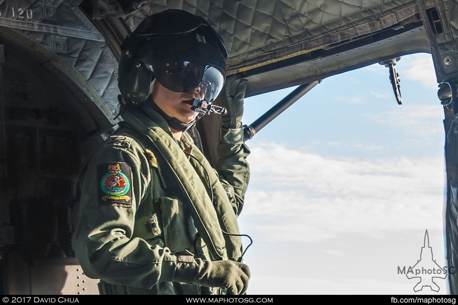 Air Crew Specialist on CH-47D Chinook