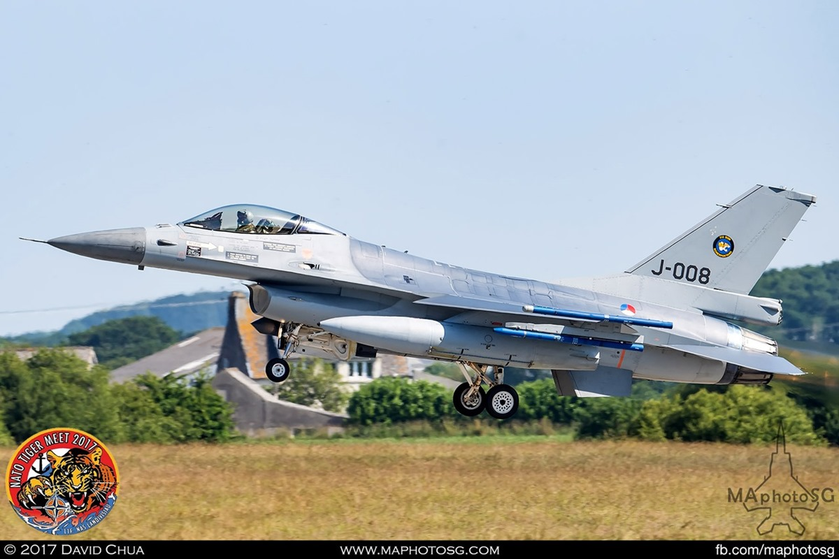 Royal Netherlands Air Force 313 Squadron F-16A MLU Fighting Falcon (J-008)
