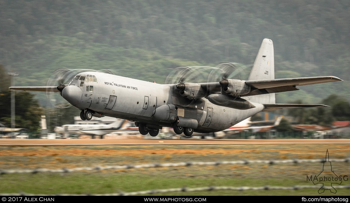 RMAF C-130H Hercules takes off from Langkawi International Airport during LIMA 2017