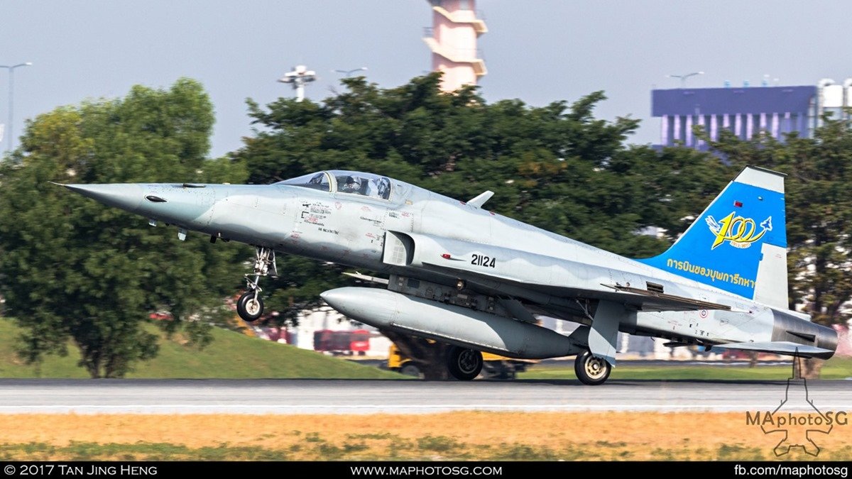 RTAF F-5E Tiger II takes off from Don Muang International Airport during the Children's Day Airshow