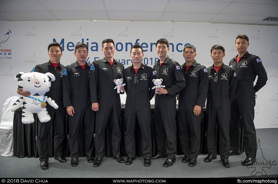 ROKAF Black Eagles Pilots