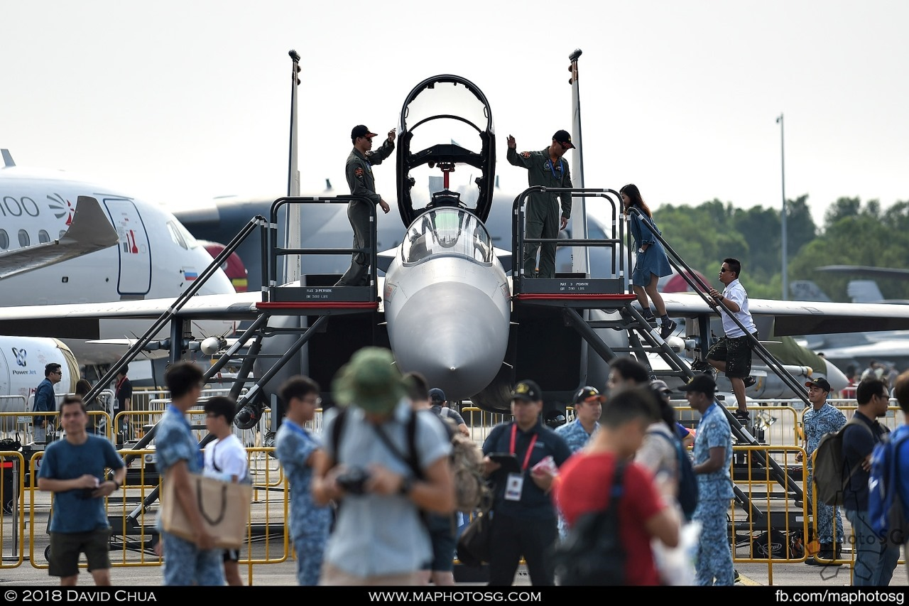 Aircrew of the RSAF F-15SG welcomes visitors