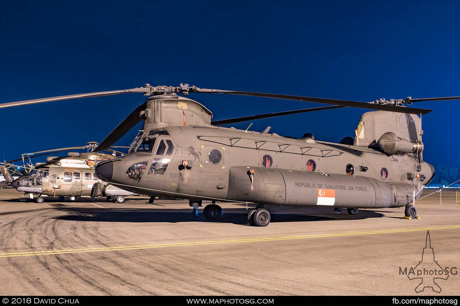 RSAF 127 Sqn Boeing CH-47SD Chinook (88198)