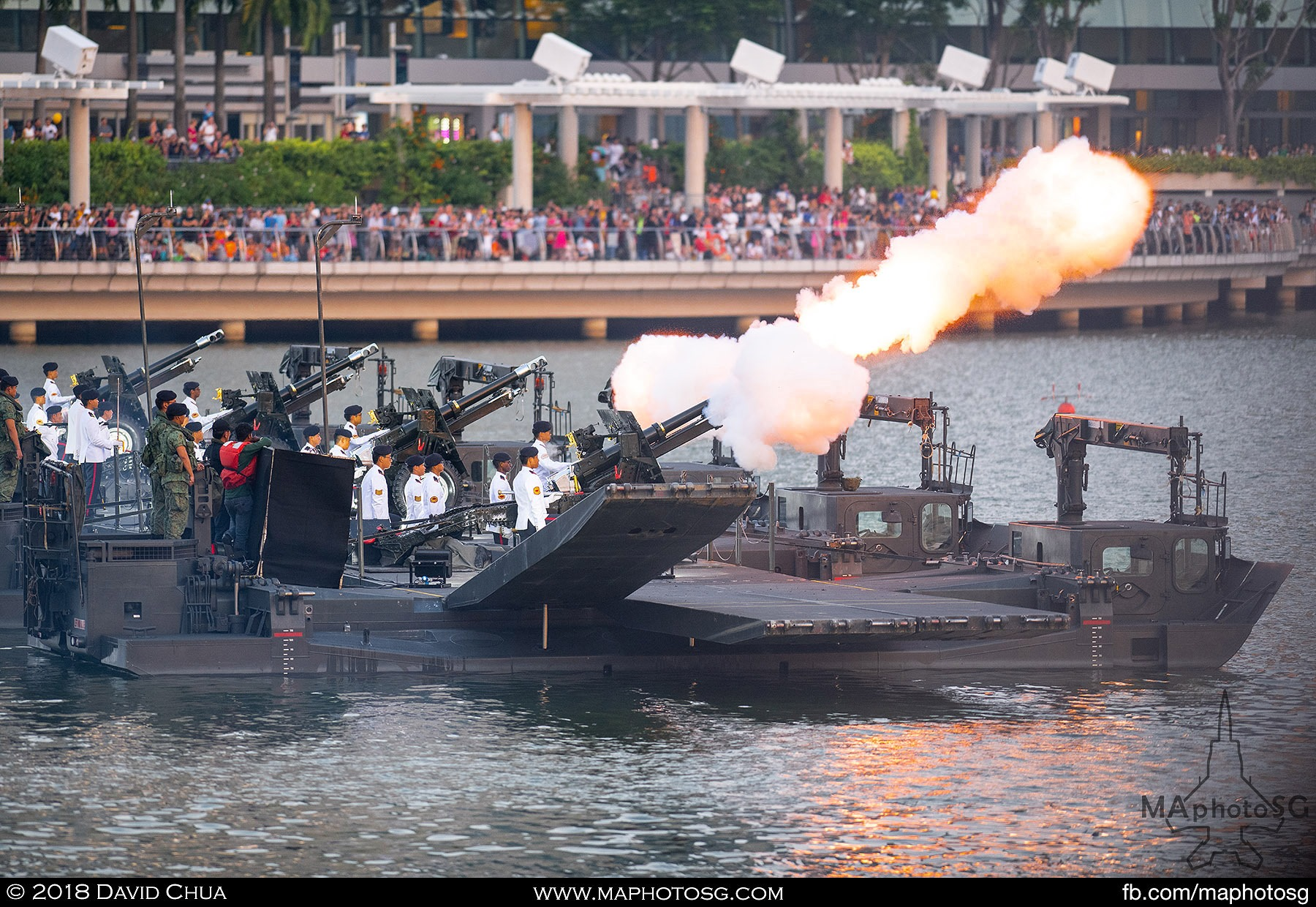 22. Traditional 21-gun salute by 25 pounder howitzers.