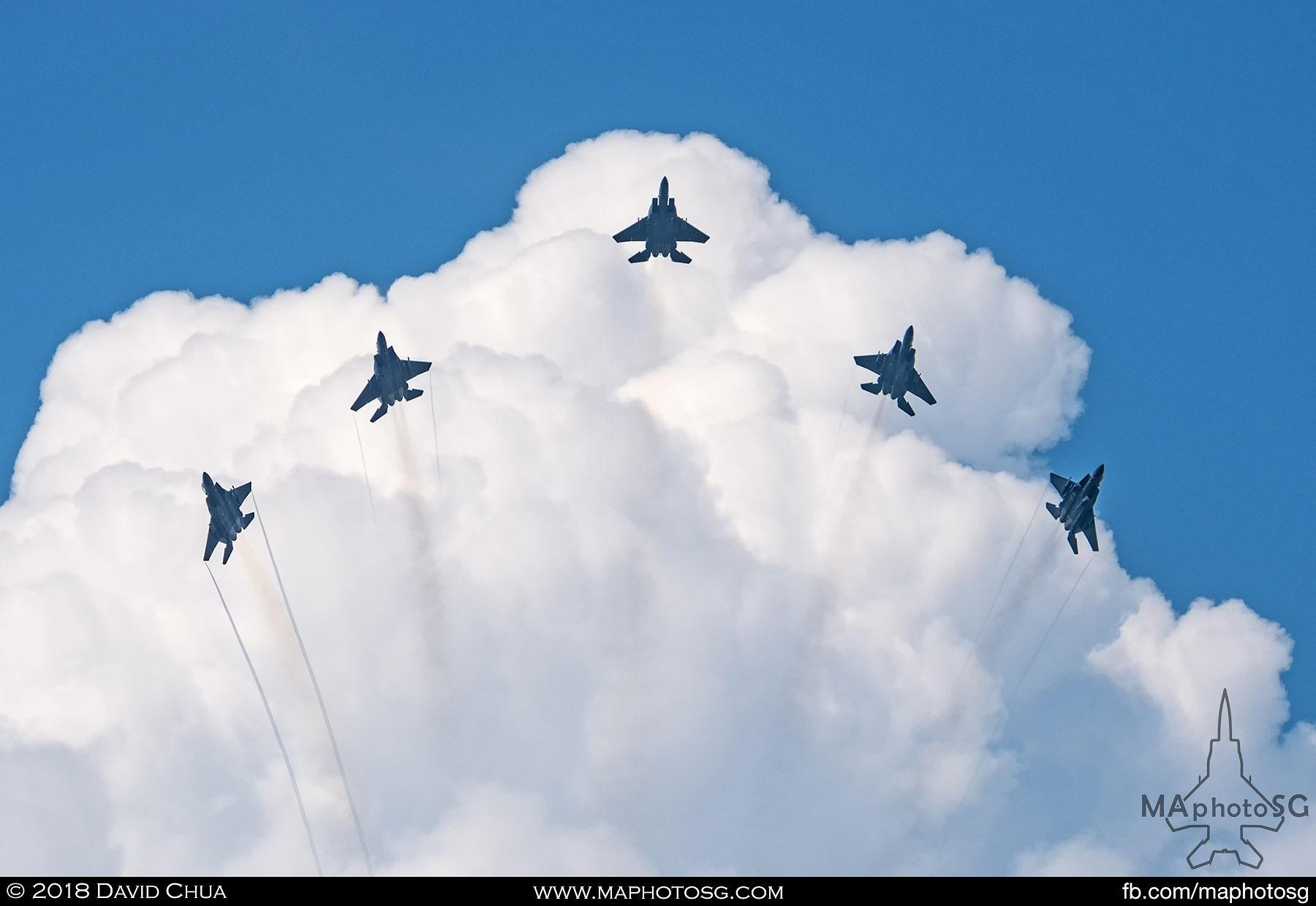 F-15SG Bomb Burst