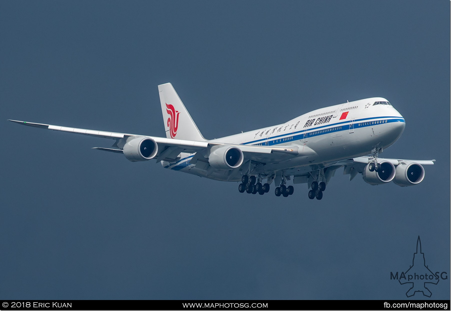 01. Ferrying Premier Li Keqiang is the Air China Boeing 747