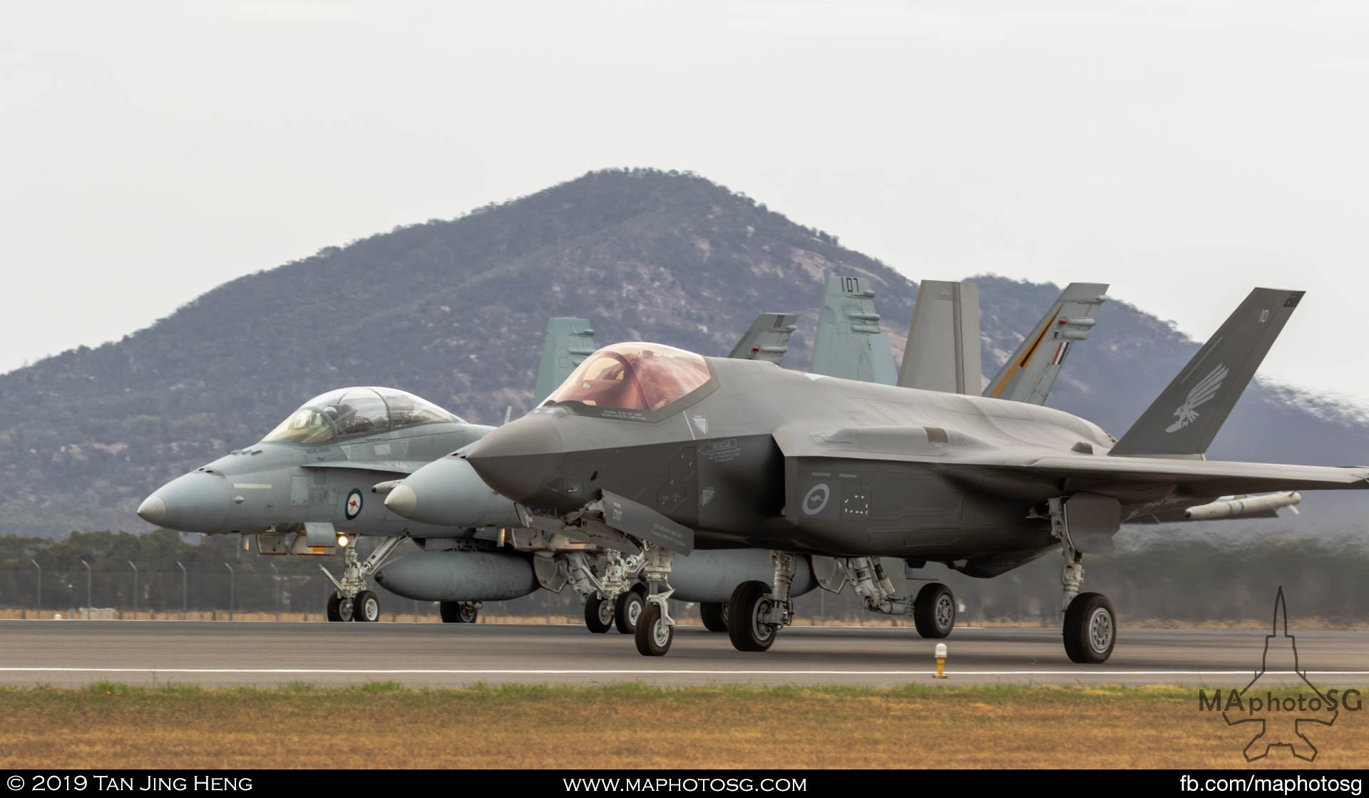 RAAF F-35A Joint Strik Fighter and 2 F/A-18 Hornets