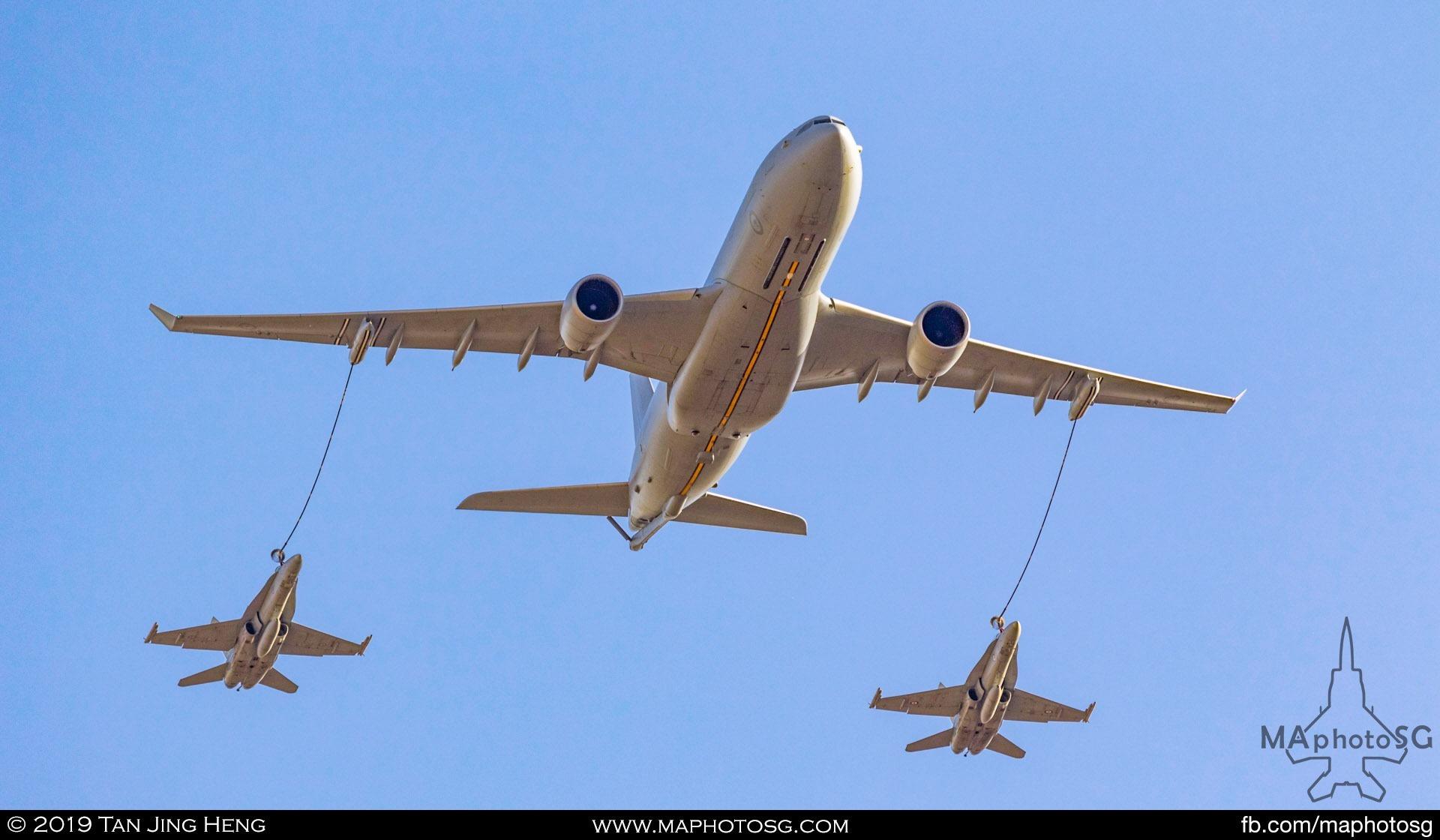 RAAF KC-30A MRTT refuelling 2 F/A-18 Hornets