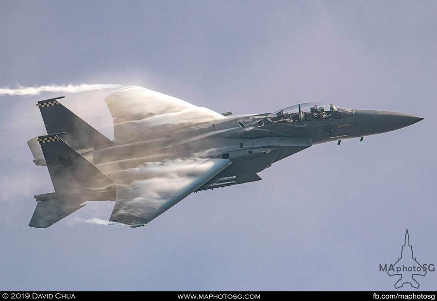 F-15SG High G Turn generating huge vapors as it cuts through the air